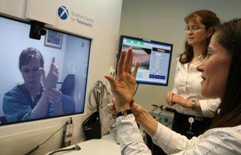 Врачи НАО перенимают опыт зарубежных коллег по телемедицине