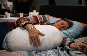 Роботизированная подушка Somnox поможет быстро заснуть