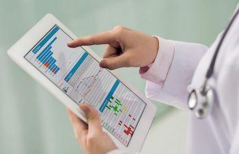 В Ленинградской области введут электронные медицинские карты