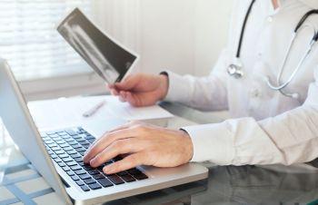 В Волгоградской области больных с COVID-19 будут лечить с помощью телемедицины